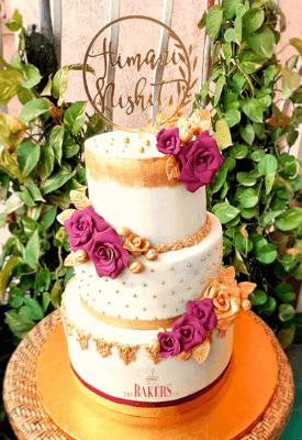 Wine & Gold Cocktail Wedding Cake